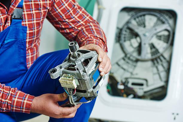 Фото Что делать если стиральная машина не сливает воду - необходимо заменить поломанные детали