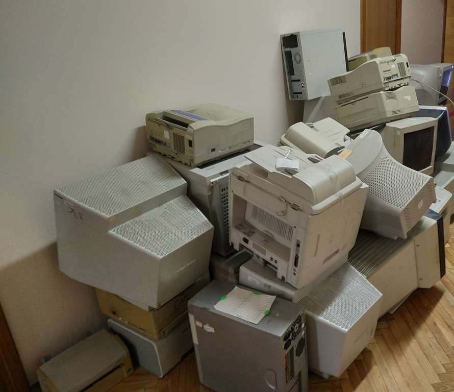 Photo Causes of breakdown of household appliances