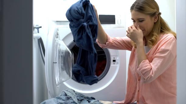 Фото Неприятный запах из стиральной машины - что делать
