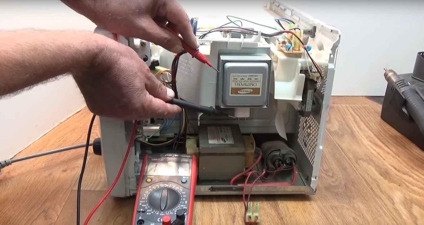 Фото почему не греет микроволновка - проверяем сопротивление магнетрона