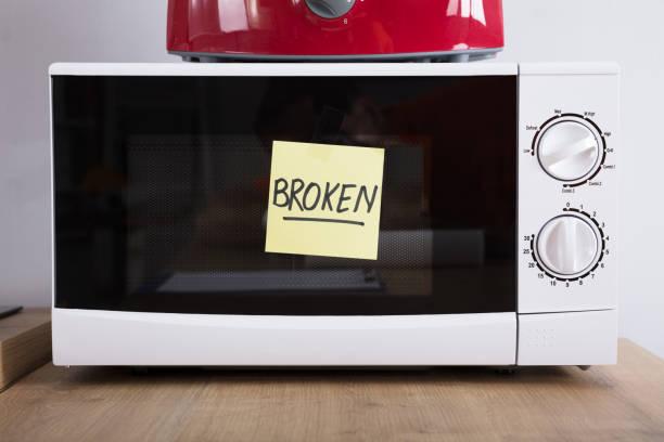 Фото Почему не включается микроволновка – как решить проблему