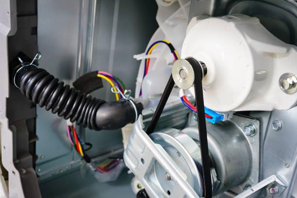 Фото Почему стиральная машина не отжимает - возможно поломался двигатель