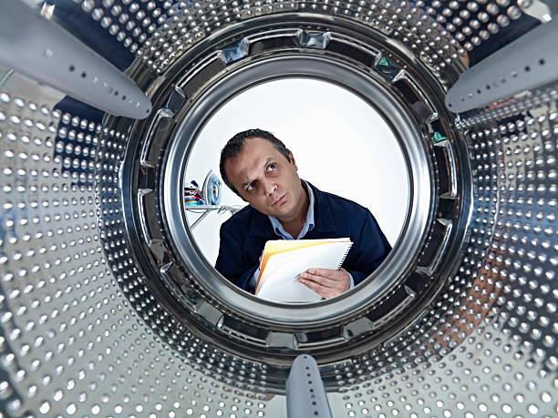 Фото Почему стиральная машина не сливает воду - варианты решения проблемы