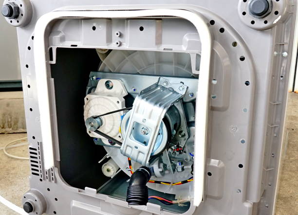 Фото Почему в стиральной машине не крутится барабан - проверьте двигатель