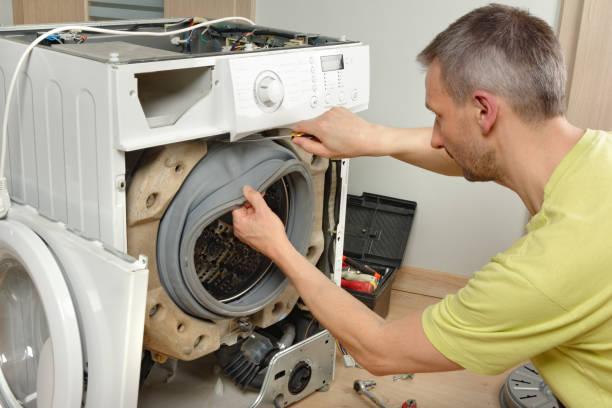 Фото чому вібрує пральна машина - перевірте манжет