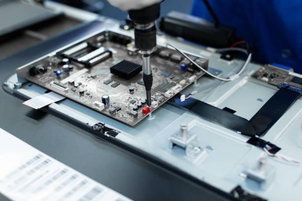 Фото послегарантийного ремонта телевизоров Самсунг (Samsung) в Полтаве