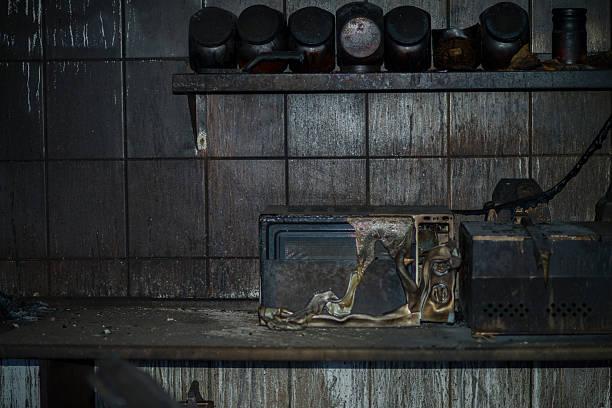 Фото ремонт микроволновки самостоятельно может привести к пожару